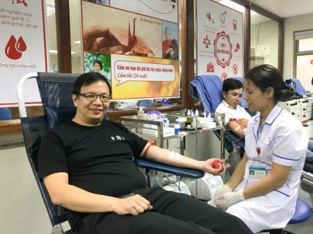 Teachers and students donated blood in NIHBT